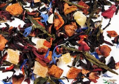 Schwarzer und Grüner Tee mit Früchten